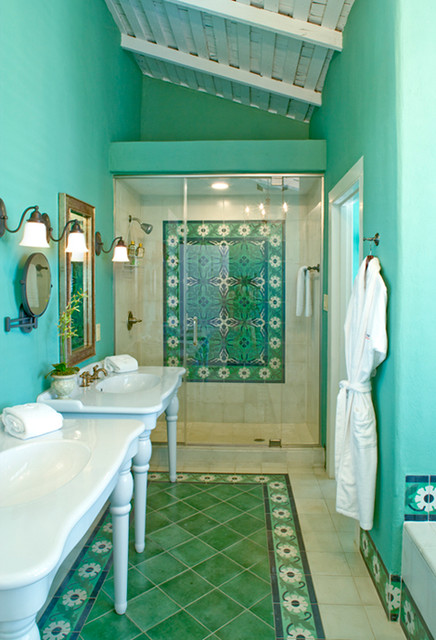 southwestern-bathroom